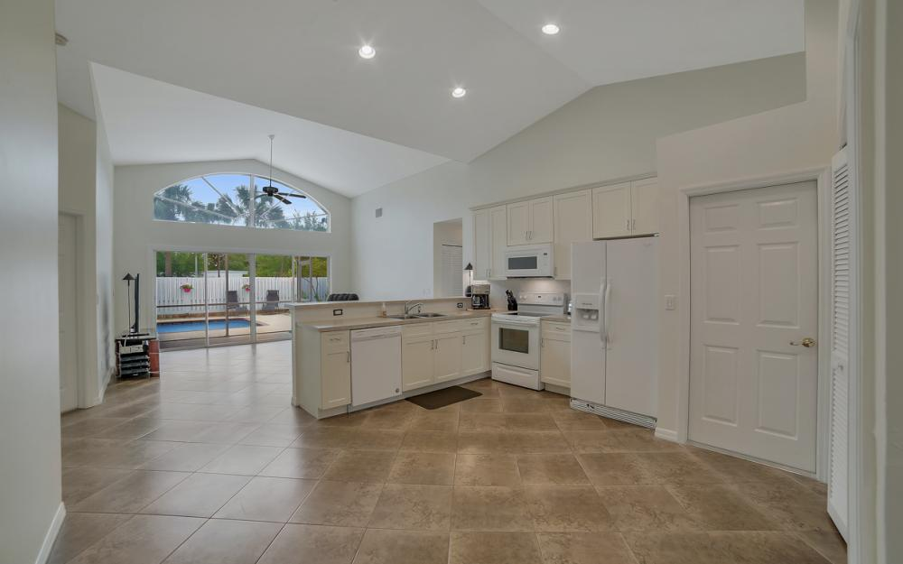 13565 Cherry Tree Ct, Fort Myers - Home For Sale 967866916