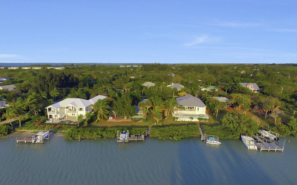 2525 Lands End Pl, Sanibel - Home For Sale 232812520