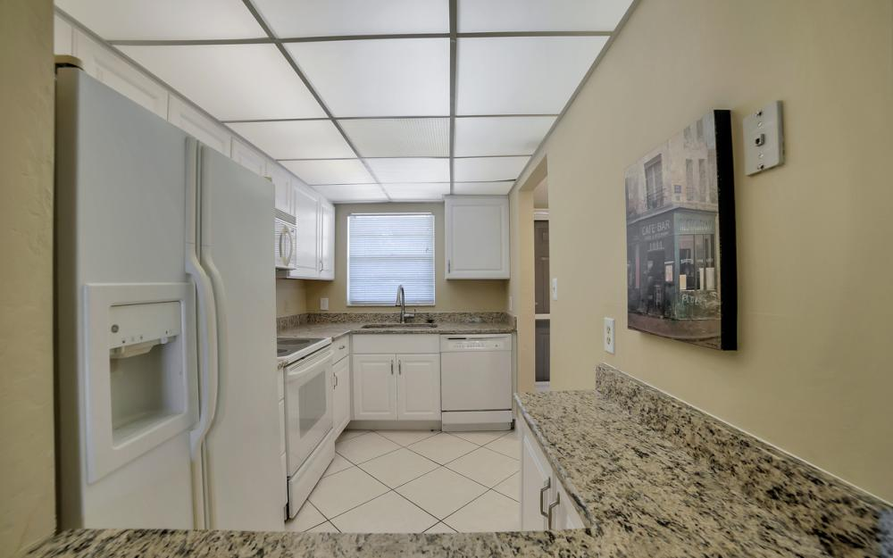 501 Forest Lakes Blvd # 301, Naples - Condo For Sale 225168022