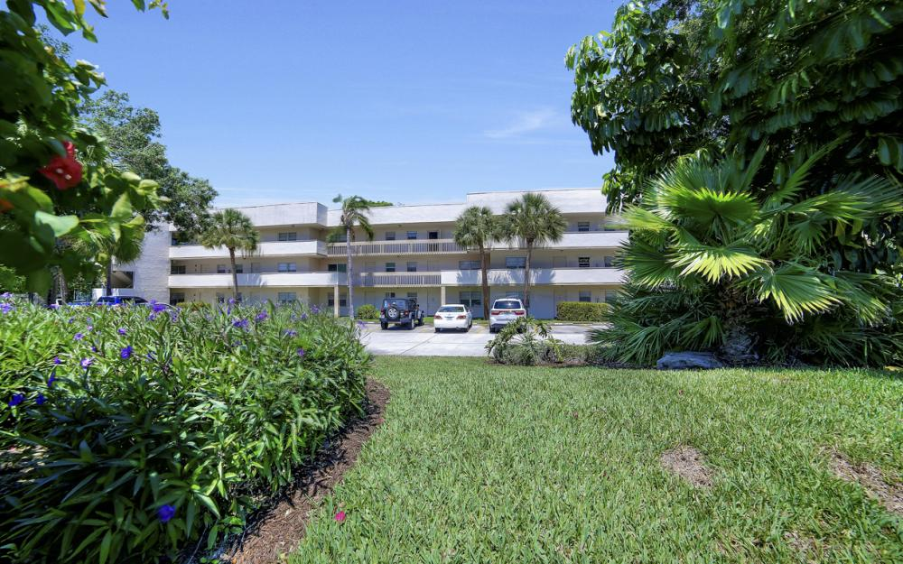 501 Forest Lakes Blvd # 301, Naples - Condo For Sale 1447028656