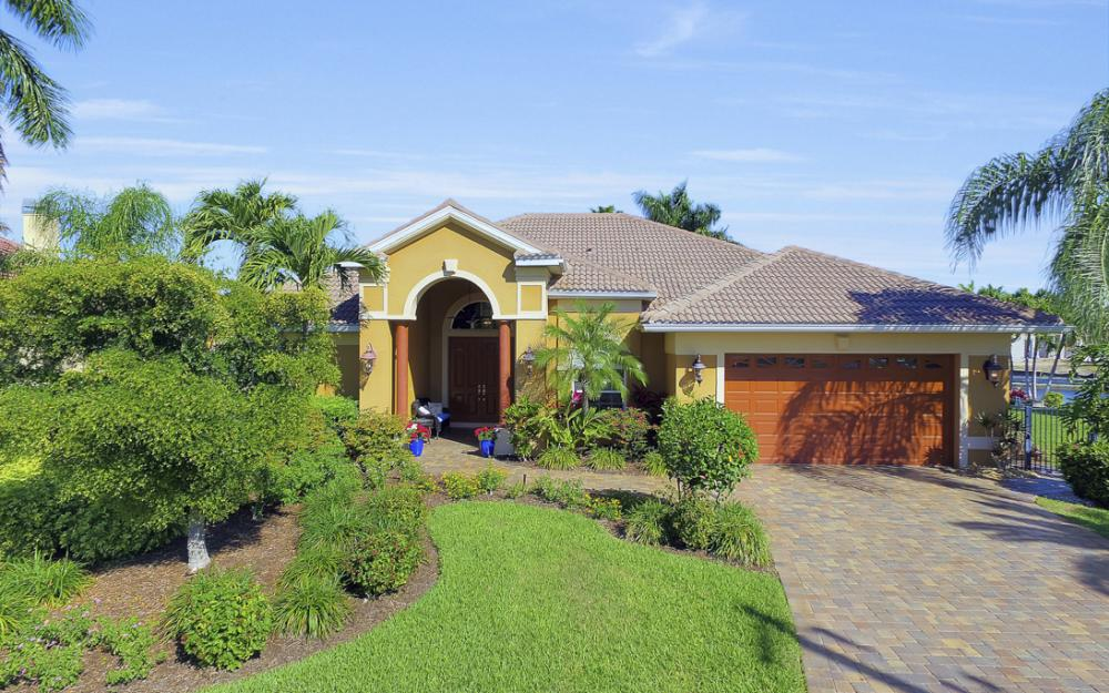 2413 SW 50th St, Cape Coral - Home For Sale 1167251518