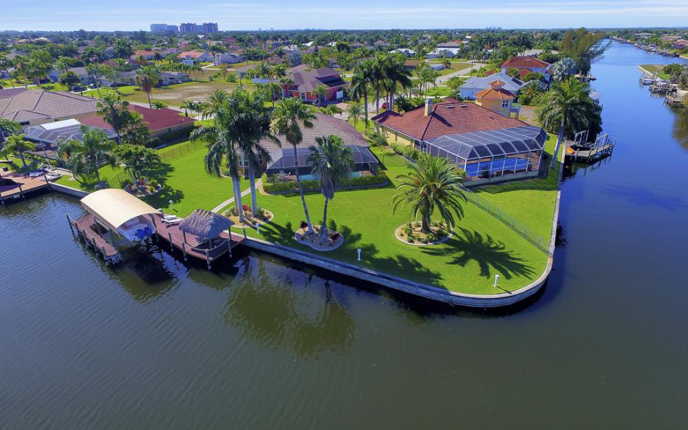 2413 SW 50th St, Cape Coral - Home For Sale 906781047