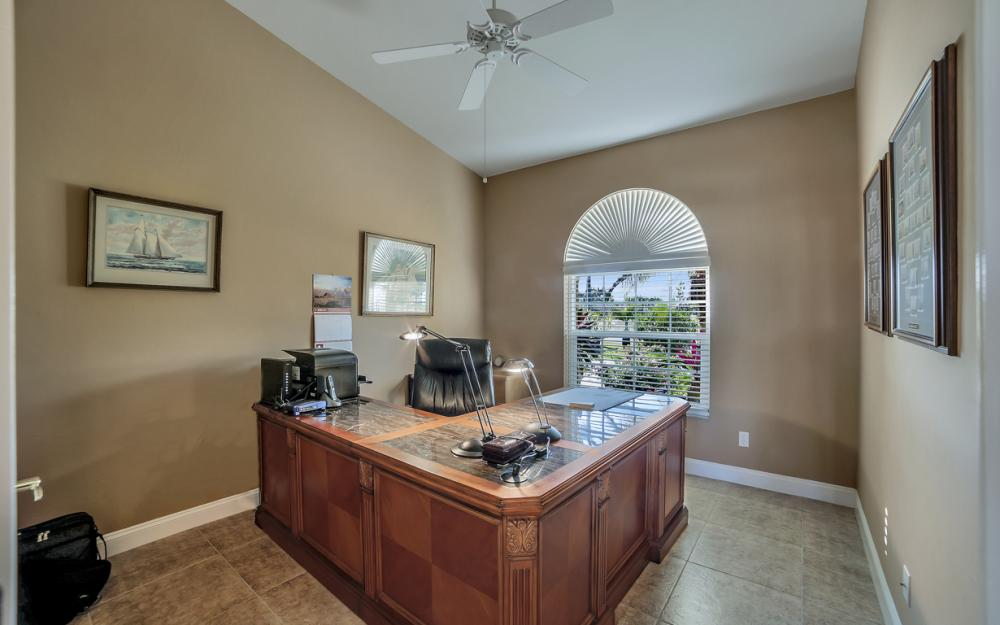 2413 SW 50th St, Cape Coral - Home For Sale 1085875904