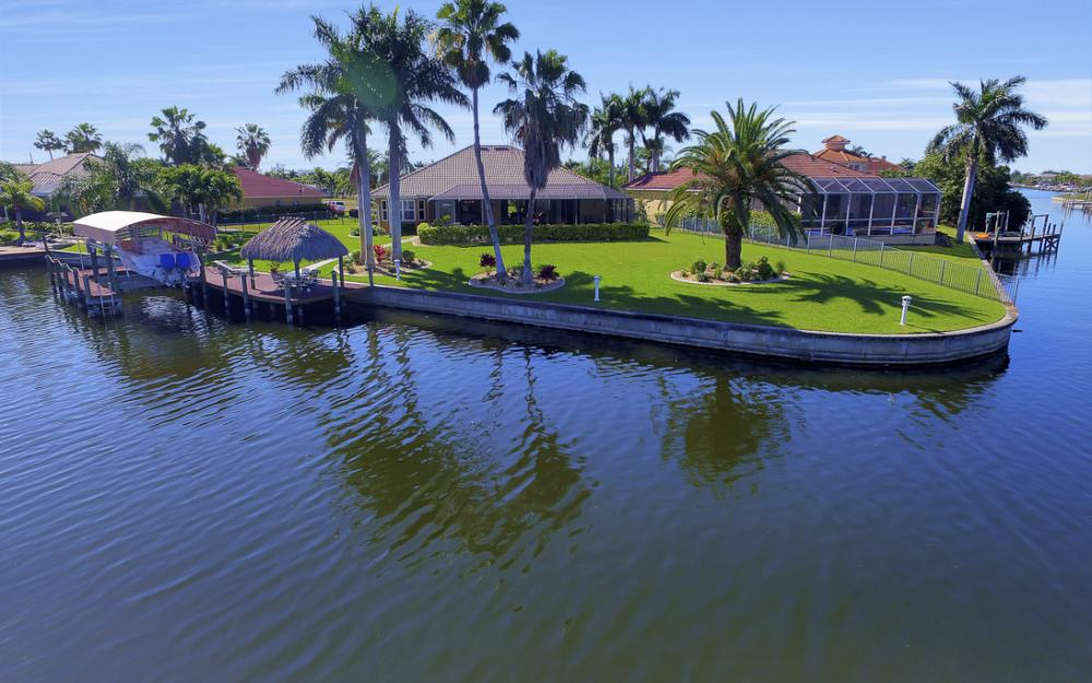 2413 SW 50th St, Cape Coral - Home For Sale 751377860