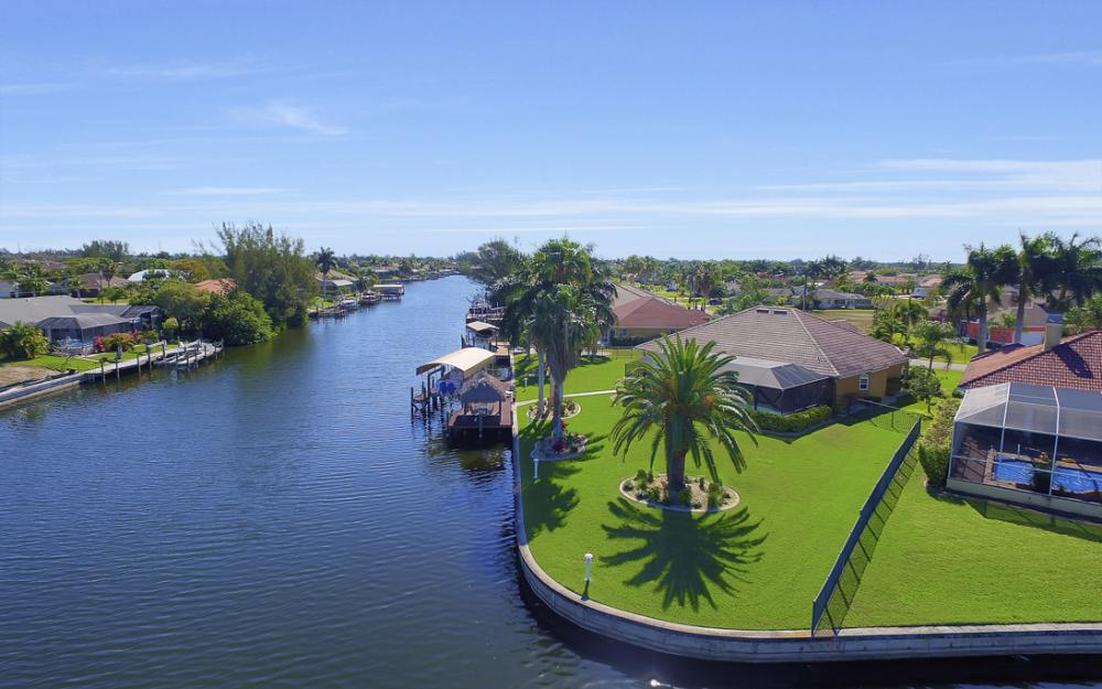 2413 SW 50th St, Cape Coral - Home For Sale 175823722