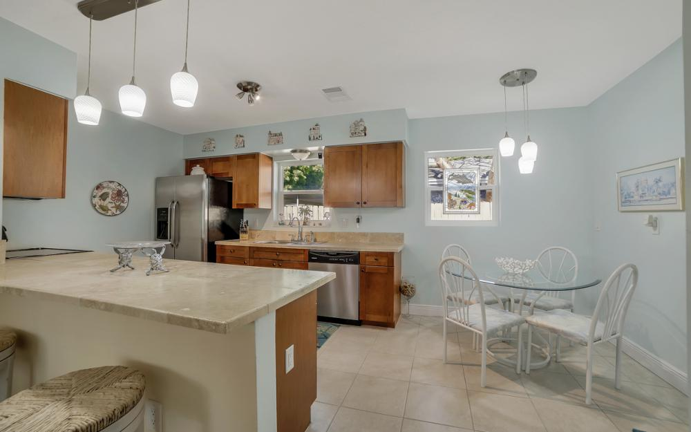 1161 N Collier Blvd, Marco Island - Home For Sale 663291505
