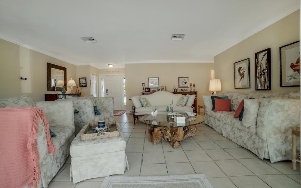 1161 N Collier Blvd, Marco Island - Home For Sale 1958731968