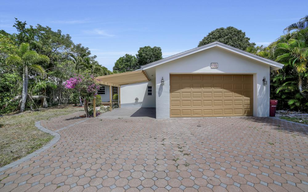 1331 Alhambra Dr, Fort Myers, - Home For Sale 2129285247