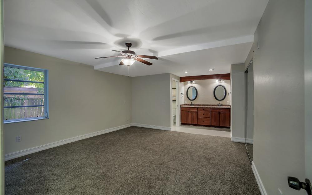 1331 Alhambra Dr, Fort Myers, - Home For Sale 1076212711
