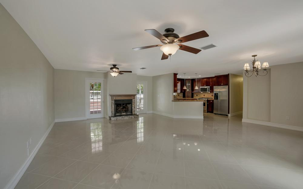 1331 Alhambra Dr, Fort Myers, - Home For Sale 210258205