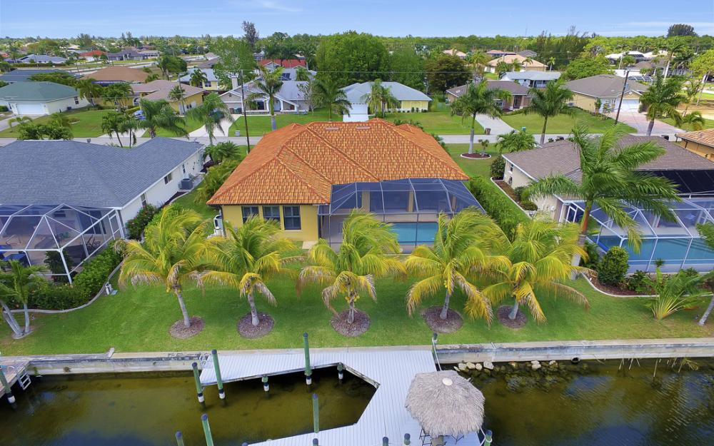 2400 SW 39th Terrace, Cape Coral - Home For Sale 1256716377