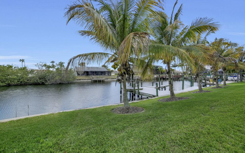 2400 SW 39th Terrace, Cape Coral - Home For Sale 1202971969