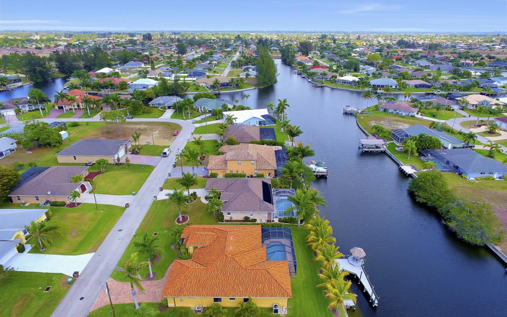 2400 SW 39th Terrace, Cape Coral - Home For Sale 1782427022