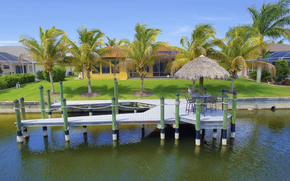2400 SW 39th Terrace, Cape Coral - Home For Sale 956279437