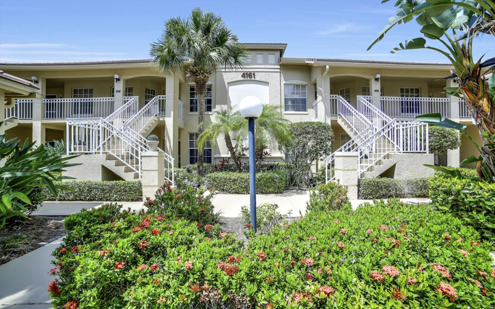 4161 Sawgrass Point Dr unit 102, Bonita Springs - Condo For Sale 1543922425