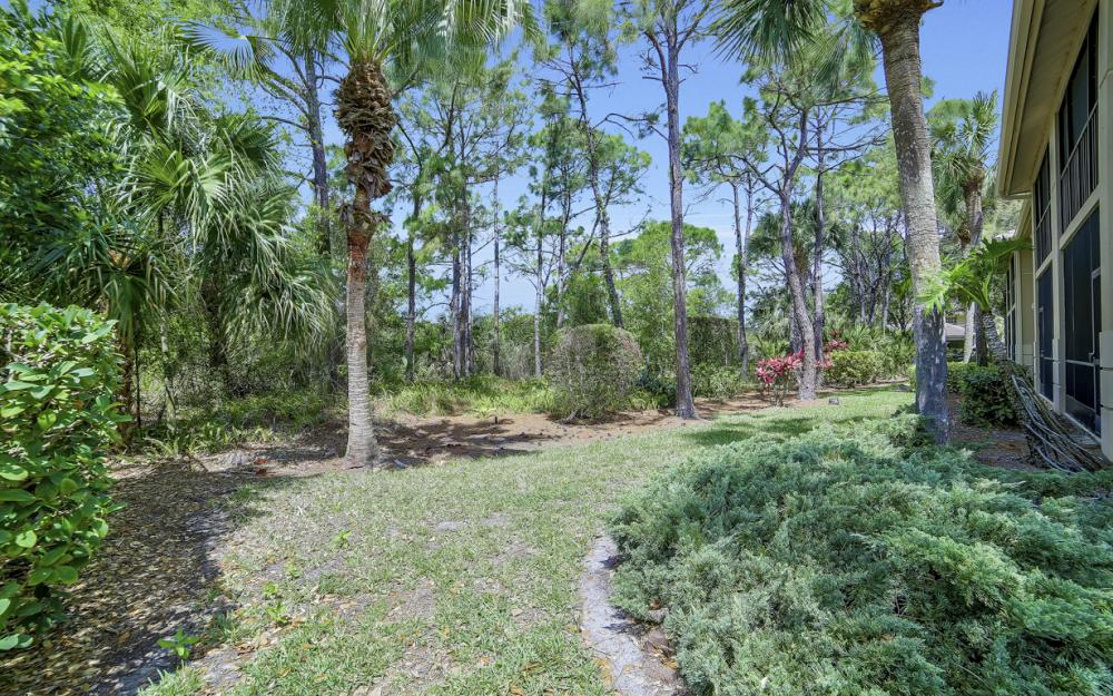 4161 Sawgrass Point Dr unit 102, Bonita Springs - Condo For Sale 461369243