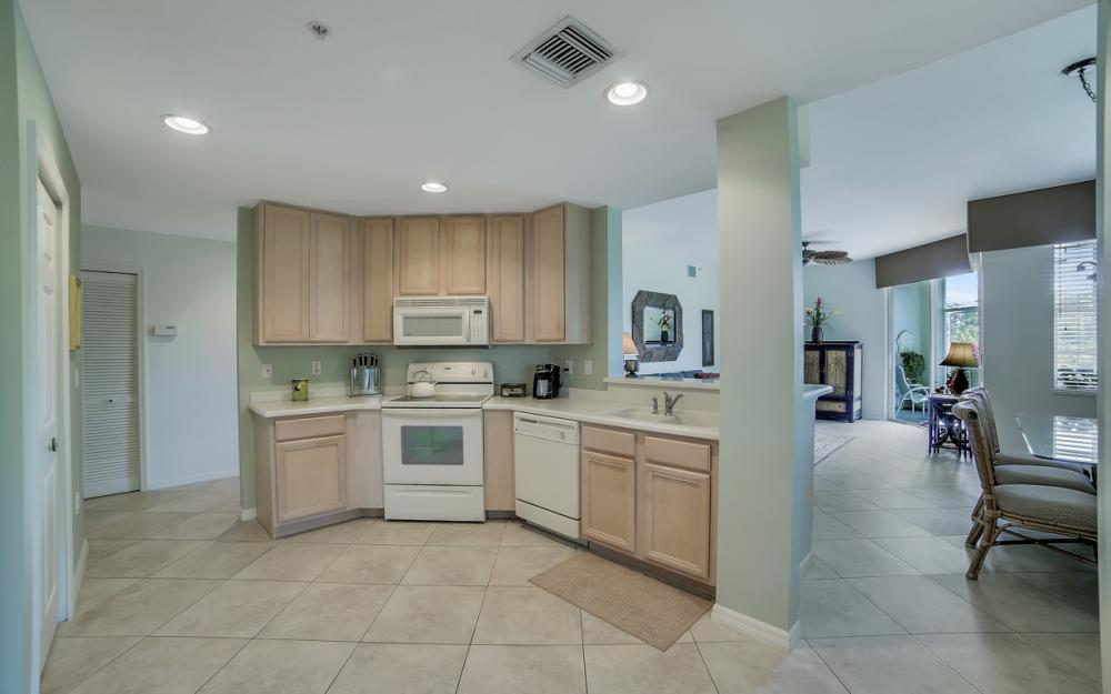 24390 Sandpiper Isle Way unit 105, Bonita Springs - Condo For Sale 1796820851