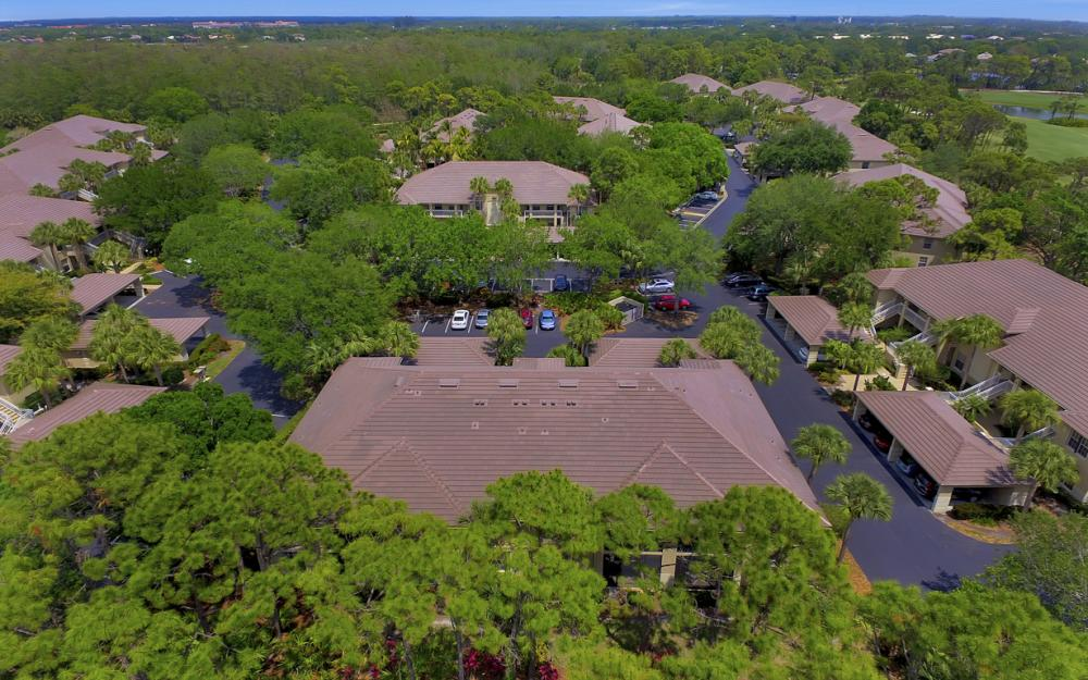 4161 Sawgrass Point Dr unit 101, Bonita Springs - Condo For Sale 1724032373