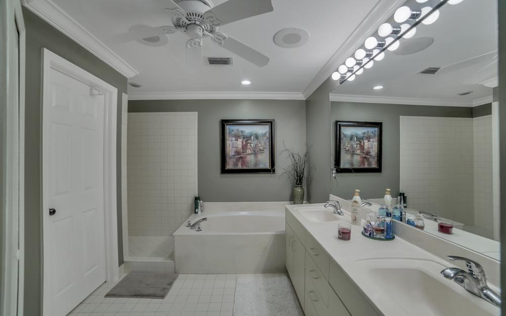 8211 Grand Palm Dr #2, Fort Myers - Condo For Sale 215576104