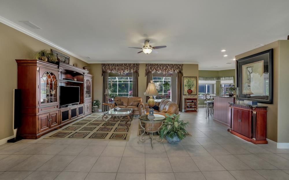 2666 SW 32nd St, Cape Coral - Home For Sale 115627724