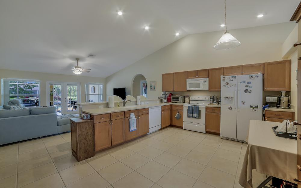 620 Mohawk Pkwy, Cape Coral - Home For Sale 1363156750