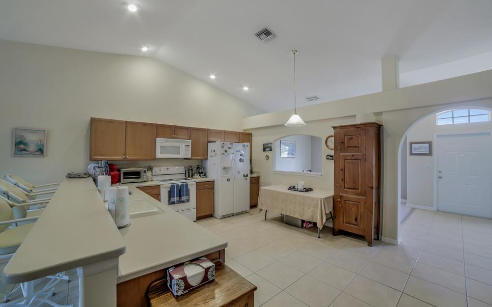 620 Mohawk Pkwy, Cape Coral - Home For Sale 1964854448