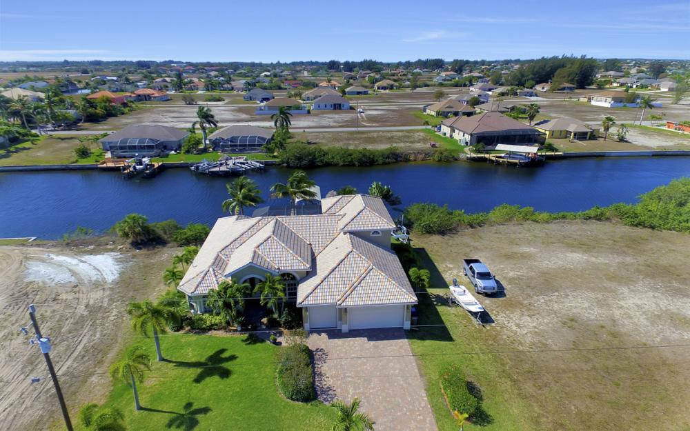 3320 NW 4th St, Cape Coral - Home For Sale 1827867011