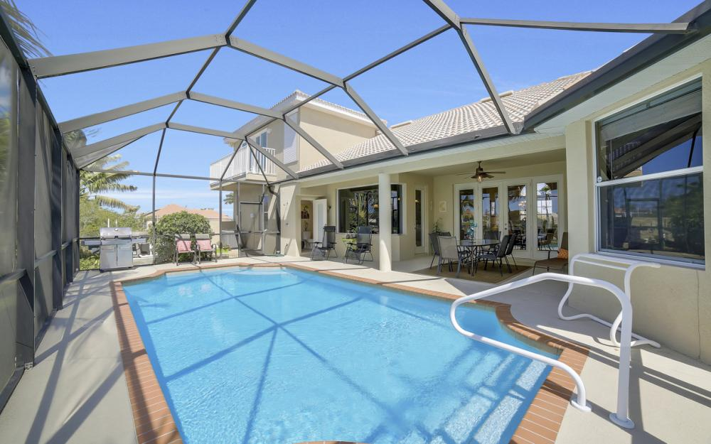3320 NW 4th St, Cape Coral - Home For Sale 845752732