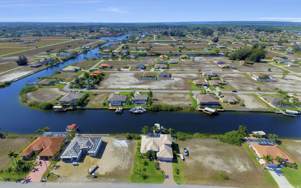 3320 NW 4th St, Cape Coral - Home For Sale 230747955