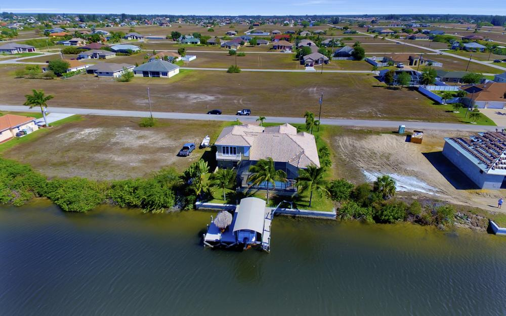 3320 NW 4th St, Cape Coral - Home For Sale 86959674