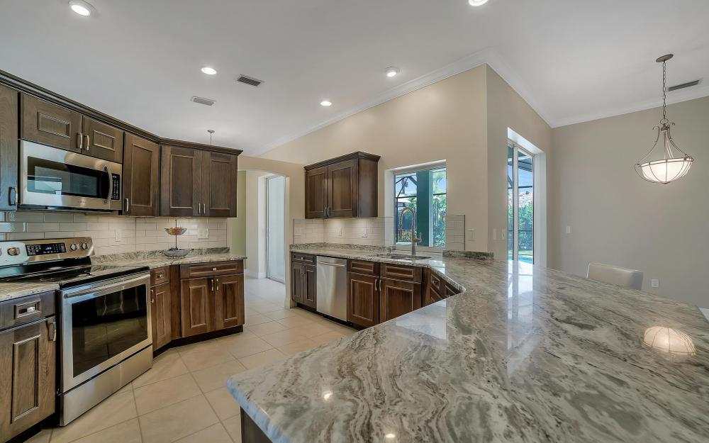 8324 Southwind Bay Cir, Fort Myers - Home For Sale 208455314