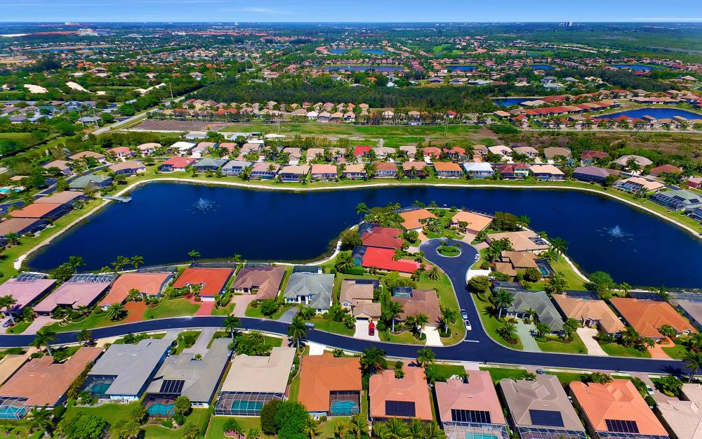 8324 Southwind Bay Cir, Fort Myers - Home For Sale 1196307182