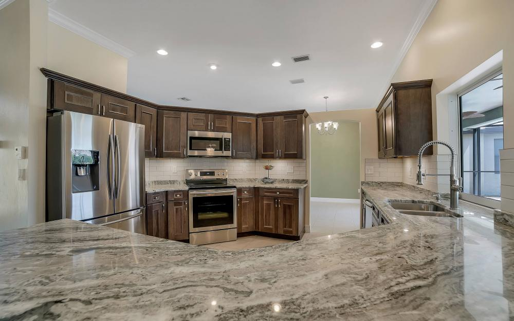 8324 Southwind Bay Cir, Fort Myers - Home For Sale 639947529