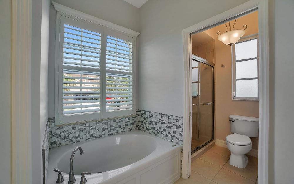 8324 Southwind Bay Cir, Fort Myers - Home For Sale 1025739974