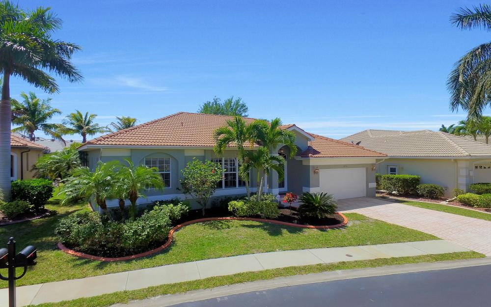 8324 Southwind Bay Cir, Fort Myers - Home For Sale 693891664