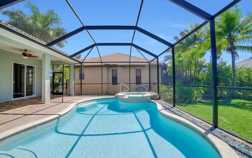 8324 Southwind Bay Cir, Fort Myers - Home For Sale 1086534848