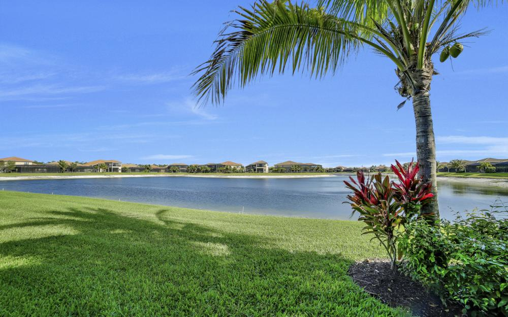 3327 Atlantic Cir, Naples - Home For Sale 73758466