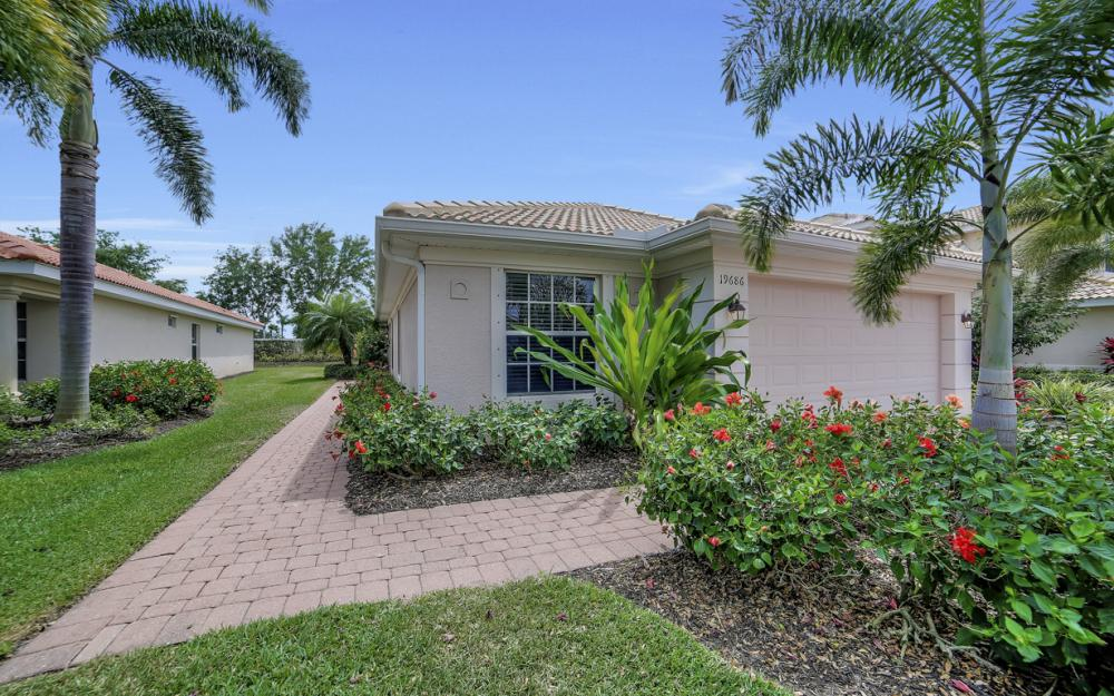 19686 Villa Rosa Loop, Estero - Home For Sale 804961347