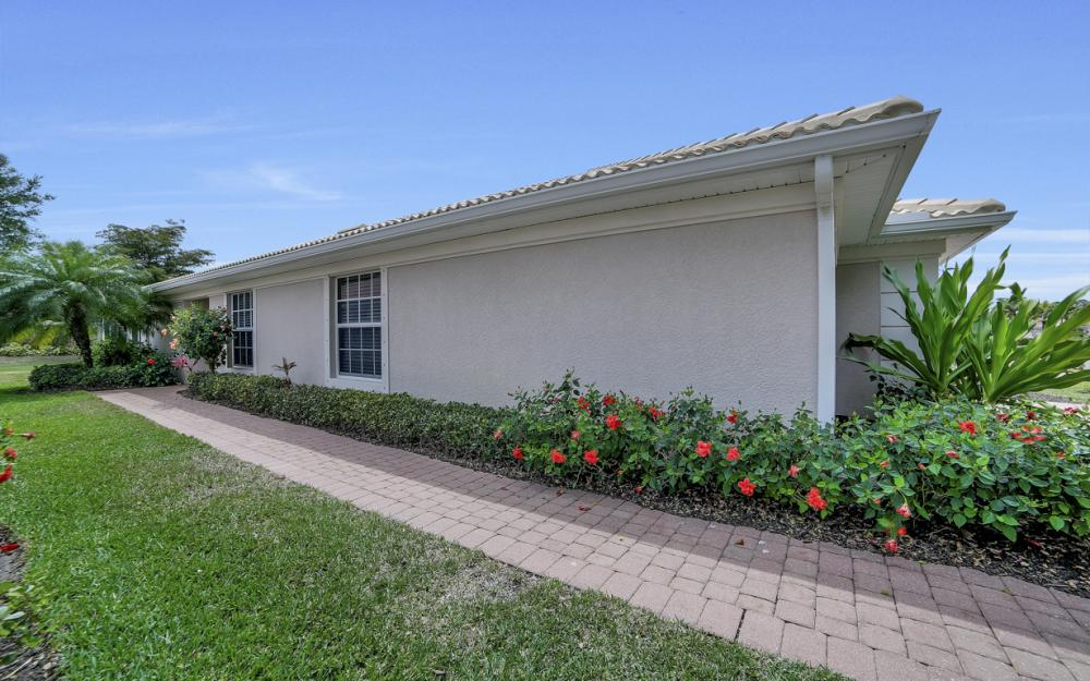 19686 Villa Rosa Loop, Estero - Home For Sale 842145933