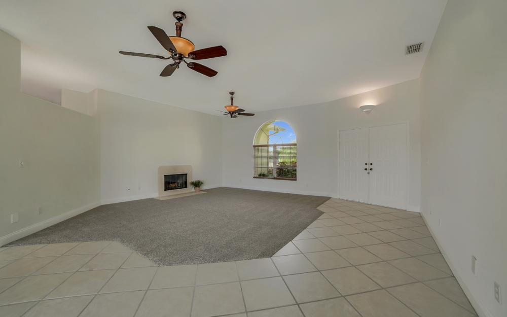 2713 SW 46th St, Cape Coral - Home For Sale 2002483409