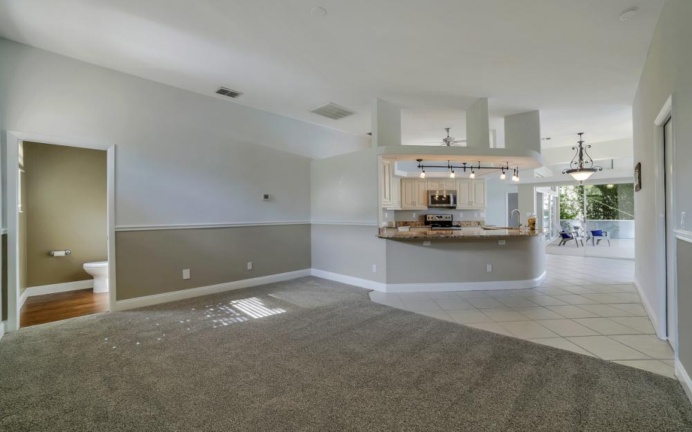 2713 SW 46th St, Cape Coral - Home For Sale 245851201