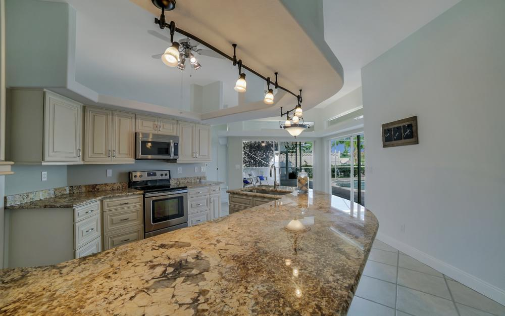 2713 SW 46th St, Cape Coral - Home For Sale 245411722