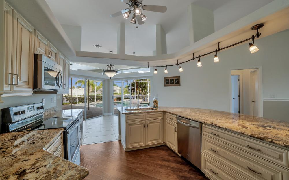 2713 SW 46th St, Cape Coral - Home For Sale 1681188377
