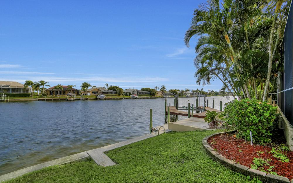 2713 SW 46th St, Cape Coral - Home For Sale 194366046
