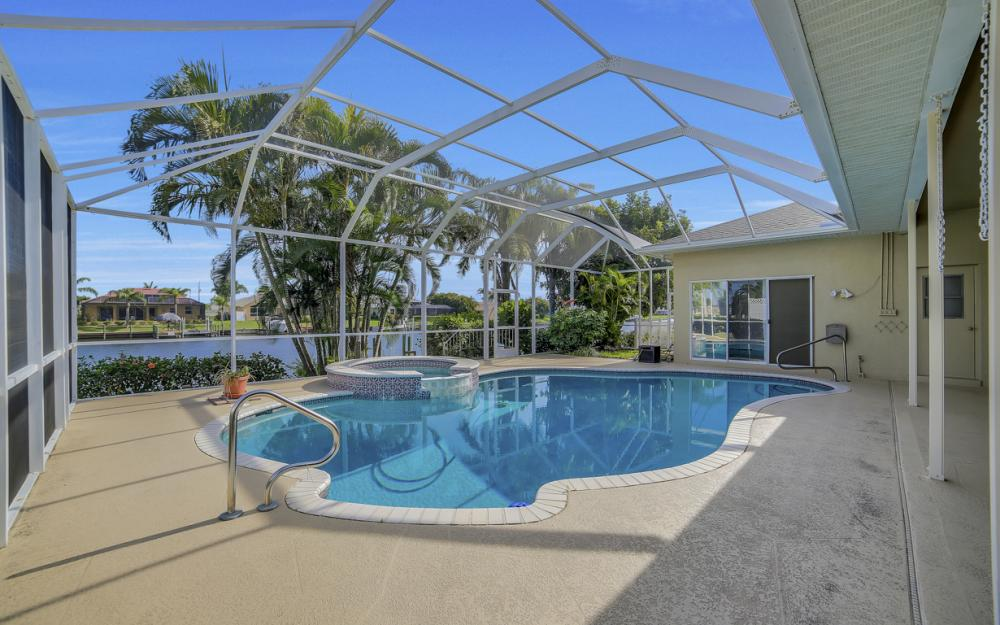 2713 SW 46th St, Cape Coral - Home For Sale 482626932