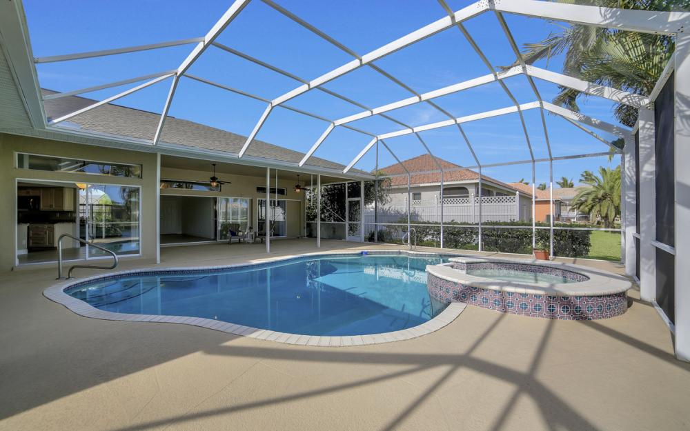 2713 SW 46th St, Cape Coral - Home For Sale 441080193