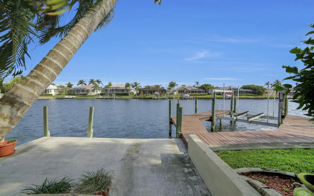 2713 SW 46th St, Cape Coral - Home For Sale 124962321