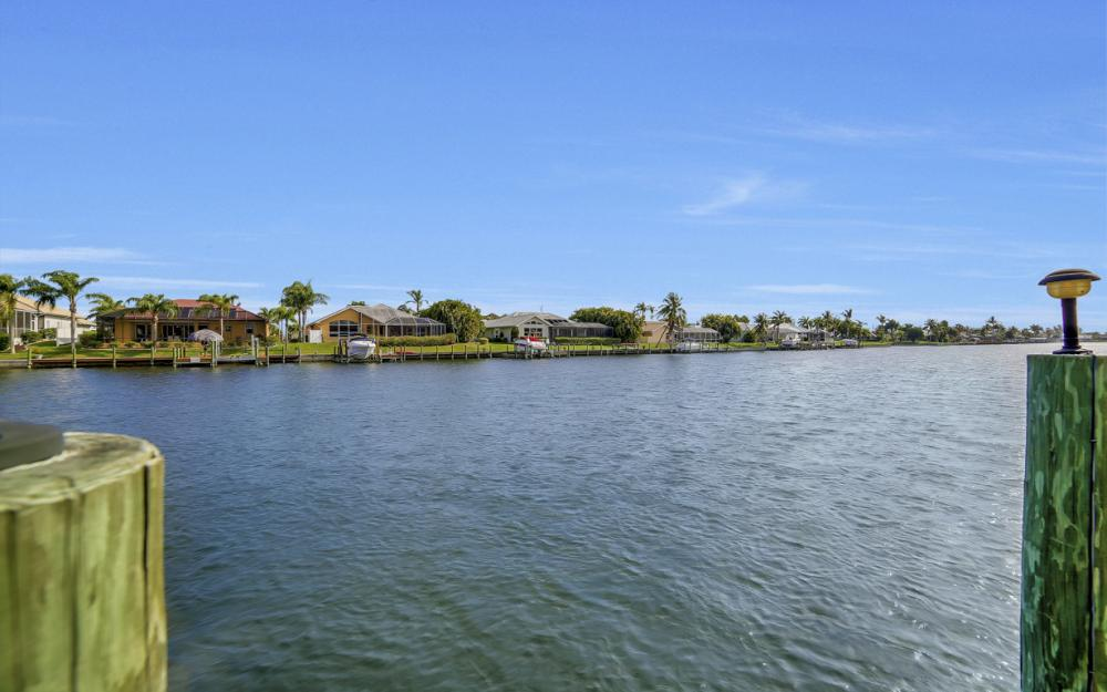 2713 SW 46th St, Cape Coral - Home For Sale 1285865182