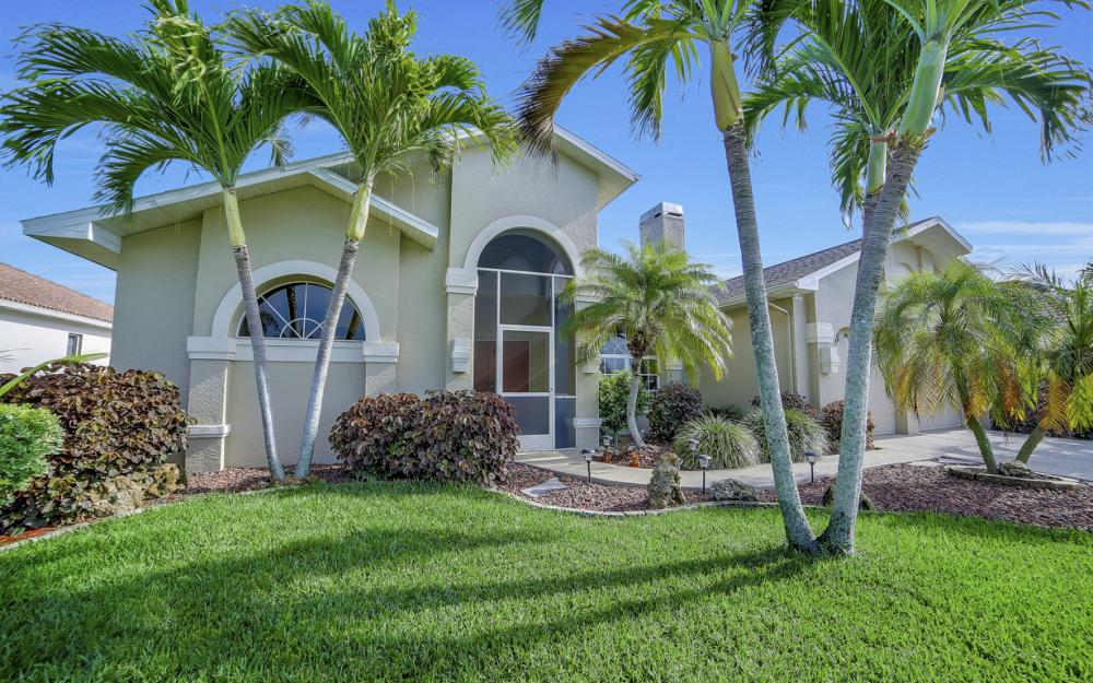 2713 SW 46th St, Cape Coral - Home For Sale 665332481