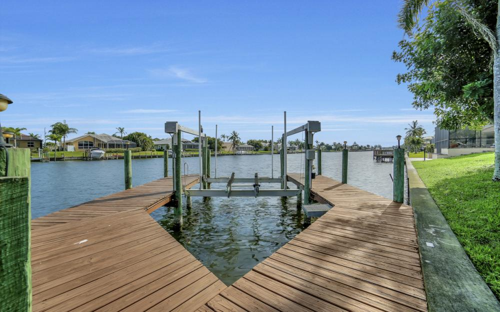 2713 SW 46th St, Cape Coral - Home For Sale 1820615040